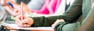 Istruzione scuola esame lezione giovani 380 ant fotolia 64928416