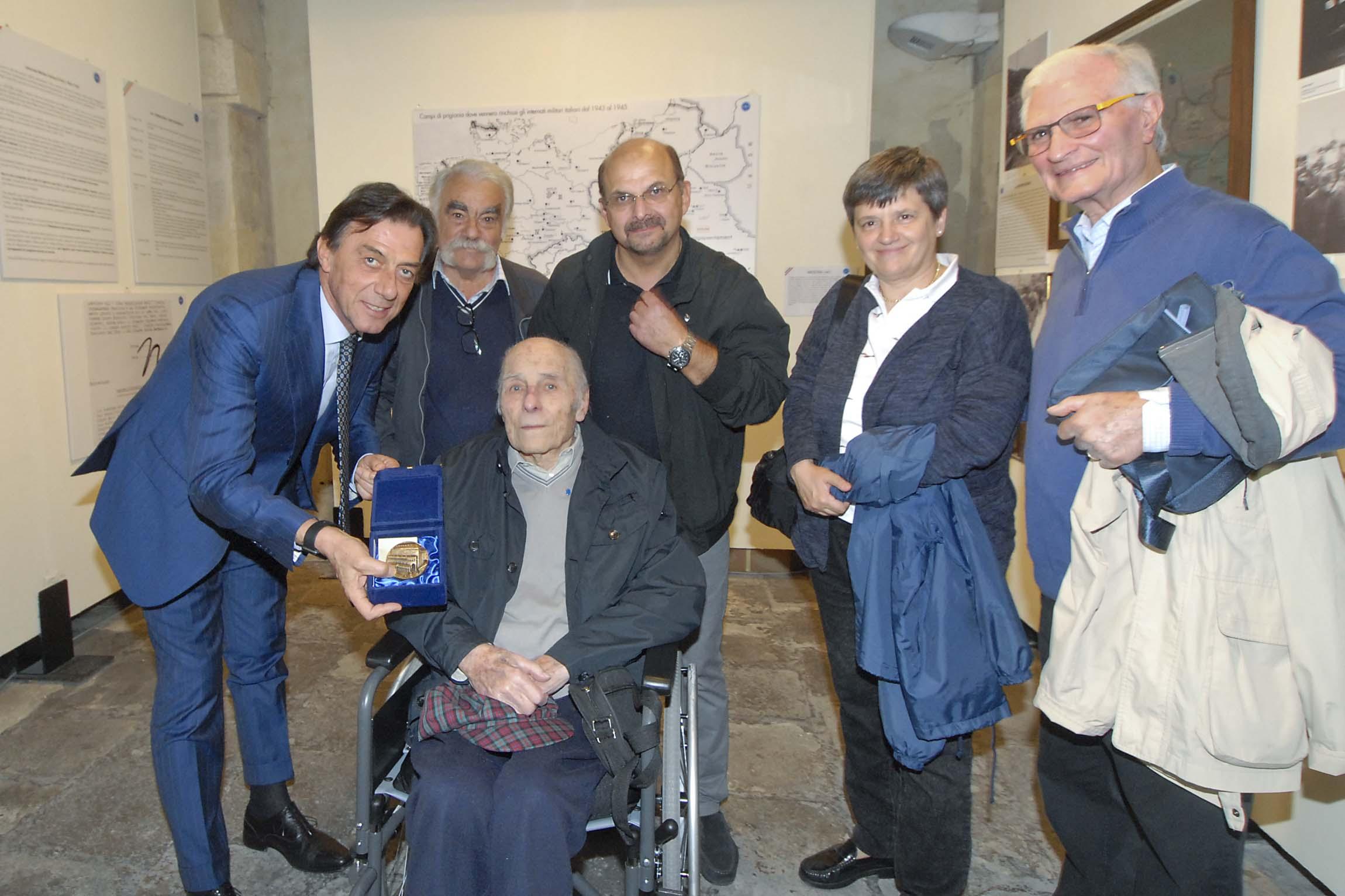 Incontro sindaco ed ex internato militare Lodovico Lisi